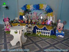Tema infantil Baby Disney - mesa decorada de aniversário infantil  #decoraçãoBabyDisney #festaBabyDisney #aniversárioBabyDisney