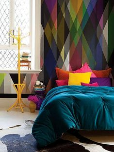 Geometric Colorful Wallpaper and Sherpa Blue Bedding | Picsdecor.com