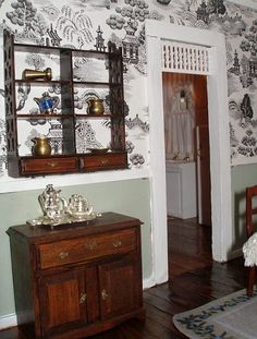 I like the way the toile was used . . Just enough not overpowering.  Trim work is great!
