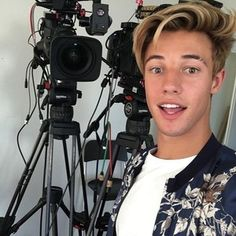 Cameron Dallas (@camerondallas) • Instagram photos and videos