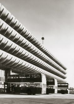 The Preston Bus Station (1968–69) by Keith Ingham and Charles Wilson of Building Design Partnership saw Brutalism used to give municipal civic identity to major pieces of infrastructure.