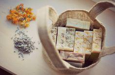 Oferta intreaga gama de sapunuri + cosulet – Cu Clăbuc Container, Model, Food, Scale Model, Eten, Pattern, Models, Meals