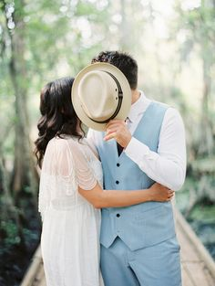 marcela + dustin | Trickling Capelet from BHLDN | new orleans engagement photo session | image via: magnolia #BHLDNbride