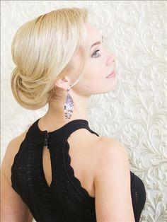 http://shaggy.com.ua/service/hair/vechernie_svadebnie_pricheski_i_pleteniya/ Вечерние прически в Одессе: стрижки, выпускные, свадебные прически, наращивание и лечение волос, биозавивка - салон красоты Шагги