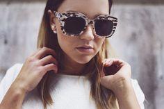 Madelene Billman, fashion blogger, oversized sunglasses, Monki, Dior pearl earring