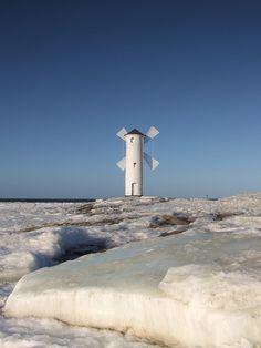 Poland - frozen sea in Świnoujście by Agnieszka Piatkowska,