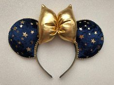 Your place to buy and sell all things handmade Diy Disney Ears, Disney Minnie Mouse Ears, Mickey Mouse And Friends, Disney Diy, Disney Crafts, Disney Stuff, Walt Disney, Micky Ears, Disneyland Vacations