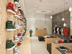 Suppa shoe store DLF PRODUCTDESIGN Stuttgart    -- new twist on old materials --