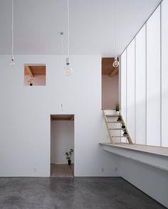 Osaka house. Yoshiaki Yamashita Architect & Asociates #architecture #architect #japan #japanesearchitecture #interiors #window #housing