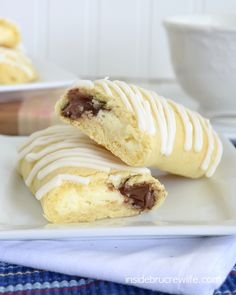 Cheesecake Nutella Twists - cheesecake and Nutella wrapped in a crescent roll makes a great breakfast treat