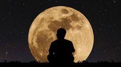 La Luna influye de manera directa en los pensamientos colectivos de la humanidad y de nuestros sentimientos. La intensidad de su luzes directamente