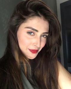 Ushna Shah, Ayeza Khan, Pakistani, Models, Beauty, Long Hair, Templates, Beauty Illustration, Fashion Models