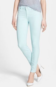 crushing on these mint skinny jeans