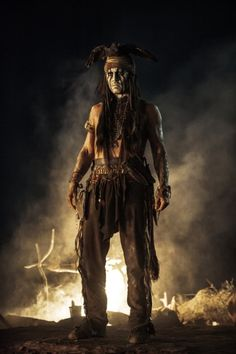 The Lone Ranger Movie Images. New images from The Lone Ranger starring Johnny Depp, Armie Hammer, Helena Bonham Carter, and Tom Wilkinson. Johnny Movie, Here's Johnny, Johnny Depp Movies, Marlon Brando, Johnny Depp Frases, Johnny Depp Personajes, Movies Showing, Movies And Tv Shows, Johnny Depp Characters