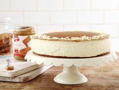 עוגת לוטוס, גבינה ושוקולד לבן (צילום: דניה ויינר ,אוכל טוב)