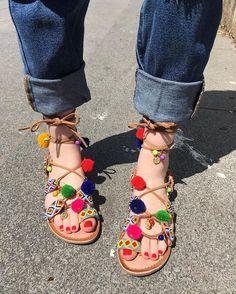 ❣New post on my blog❣, link in my bio  ¡Feliz viernes! Aquí os dejo el post de esta semana sobre dos #must de este verano: los pompones y los parches . Os muestro una foto de mis sandalias de pompones preferidas para este verano de @gioseppo_official ☀️ Espero que os guste . #outfit #outfitinspiration #outfitideas #outfitpost #clothes #fashion #fashionaddict #fashionstyle #fashionblogger #blog #miblogdemoda #pompones #gioseppo #mustforsummer #loveit #parches #sandalias #nails #rimm...