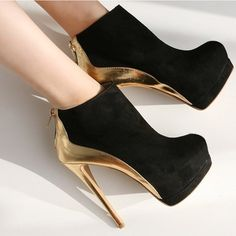 black and gold stiletto high heels pumps women shoes. Dream Shoes, Crazy Shoes, Me Too Shoes, Funky Shoes, Black High Heels, High Heels Stilettos, Gold Heels, Gold Boots, Sexy Heels