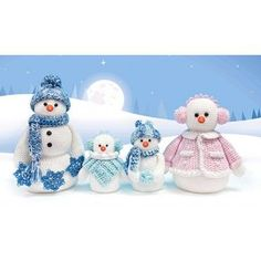 Mary Maxim - Snowman Family Yarn Craft Kit - Christmas - Seasonal