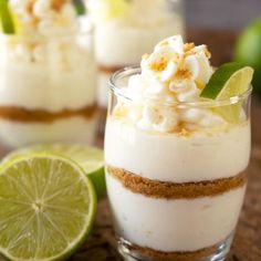 Super easy and delicious summer dessert! These key lime pie shots are perfect to… Super easy and delicious summer dessert! These key lime pie shots are perfect to have during the hot weather. They're easy to transfer and serve also. Small Desserts, Mini Desserts, Summer Desserts, Sweet Desserts, Delicious Desserts, Banana Cheesecake, Healthy Cheesecake, Cheesecake Recipes, Dessert Recipes
