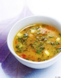 Herb soup for 6 people - . Healthy Breakfast Recipes, Healthy Eating, Healthy Recipes, Herb Soup, Keto Vegan, Soup Recipes, Cooking Recipes, Kraut, Soup And Salad