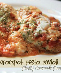Crockpot Pesto Ravioli - frozen ravioli in the slow cooker, genius!!
