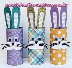 Olá amigos, tudo bem com vocês? Vamos a mais uma dica de páscoa? Então vejam só que fofuras estes coelhos feitos com tubos de papel hig...