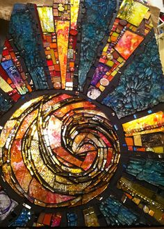 Susan Crocenzi  www.scmosaics.com  Wow, you can really fall down a mosaic rabbit hole with this wonderful artist.