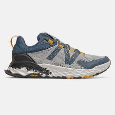 Zapatillas New Balance Fresh Foam Hierro Hombre Gold Trail Shoes, Trail Running Shoes, Mens Fashion Shoes, Sneakers Fashion, Men's Fashion, Casual Sneakers, Casual Shoes, Trail Running Trainers, Zapatillas New Balance