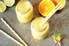 A powerful immune boosting smoothie with raw turmeric root and rich on Vitamin C from the fresh oranges. Longest Recipe, Turmeric Smoothie, Food Videos, Love Food, Sushi, Orange, Fruit, Desserts, Recipes