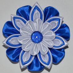 Pinza de pelo de flor hecha a mano de la por PrettyBlossomBows