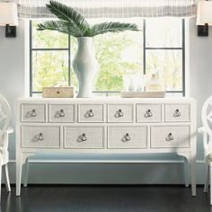 Lexington Ivory Key Spanish Point Sideboard 543-869 transitional-buffets-and-sideboards