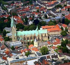 Der Dom von Paderborn Paderborn Germany, Dom, Mansions, House Styles, Home Decor, Decoration Home, Room Decor, Villas, Interior Design