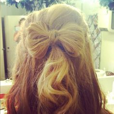 Bow hair love