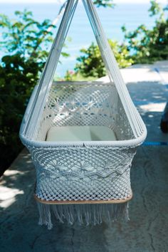 Baby Cradle, Baby Bassinet, Hanging Bassinet, Hanging Cradle, Hanging Crib Handmade Round Crib Natural Cotton Portable Cradle Swing (Off-White) Hanging Bassinet, Hanging Cradle, Hanging Crib, Baby Cradle Swing, Round Cribs, Foto Baby, Baby Bassinet, Organic Baby Clothes, Boho Nursery