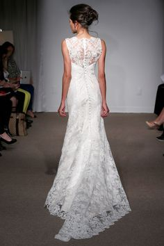Anna Maier - Bridal Spring 2014 TAGS:Floor-length, Floral, Train, White, Anna Maier, Lace, Classic, Elegant, Romantic