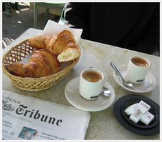 weekend notes, croissant, and cappuccino=bliss! European Breakfast, Breakfast Desayunos, Perfect Breakfast, Parisian Breakfast, Italian Breakfast, Parisian Cafe, Coffee Love, Coffee Break, Caffeine Addiction