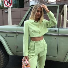 Stylish Outfit Ideas Frio To Wear Right Now outfit ideas frio, summer street style Fashion Killa, Look Fashion, Fashion Outfits, Womens Fashion, Fashion Trends, Skandinavian Fashion, Mode Pastel, Business Outfit, Inspiration Mode