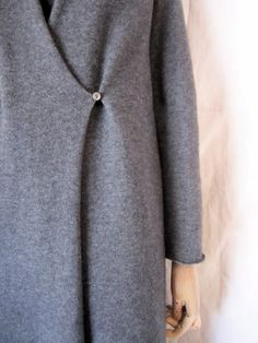 easy to wear sweater coat - but it's the sleeve length that I really love - evam eva