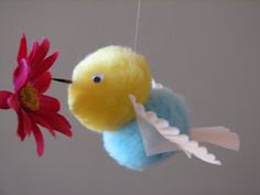 Fun hummingbird craft for kids, from Ramblings of a Crazy Woman