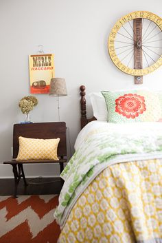 Guest Bedroom #colorful