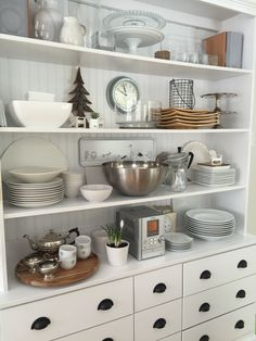 My kitchen dresser made-over :) Kitchen Shelf Decor, Kitchen Dresser, Kitchen Shelves, Plate Rack Wall, Plate Racks, Pantry Shelving, Laundry Rooms, Kitchens, Plates