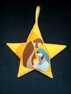Natività Felt Ornaments Patterns, Nativity Ornaments, Christmas Nativity Scene, Nativity Crafts, Felt Christmas Decorations, Felt Christmas Ornaments, Christmas Projects, Kids Christmas, Christian Christmas