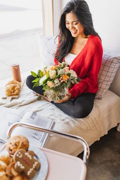 Shop winter flowers & plant gifts from to brighten even the coldest winter day. Send a winter bouquet delivery for the perfect winter gift! Bouquet Delivery, Flower Delivery, Winter Flower Arrangements, Floral Arrangements, Types Of Flowers, All Flowers, Sympathy Plants, Gifts For Mom, Gifts For Kids