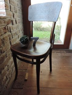 concrete creations Concrete, Dining Chairs, Table, Furniture, Home Decor, Dinner Chairs, Homemade Home Decor, Dining Chair, Mesas
