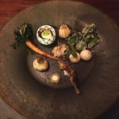 お野菜、山菜好きの料理長の作品❤️ #山の中で熊かと思ったら #山菜を拾ってる料理長だったとかw #坐忘林 #ZABORIN #北海道 photo credit @achara70 | zaborin.com