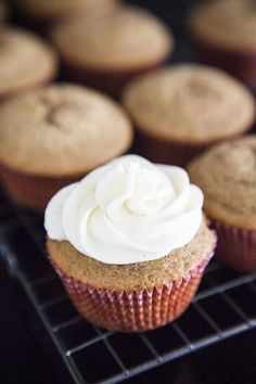 Earl Grey Cupcakes with Cream Cheese Frosting #recipes