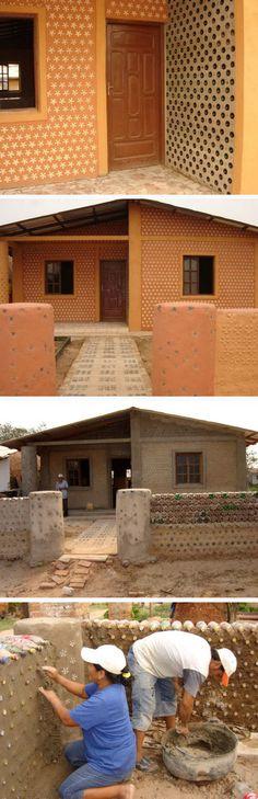 Estrutura da casa toda feita em PET... adeus tijolos... bem vinda sustentabilidade!