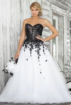 White And Black Lace Wedding Dress Instead Of Id Do A Bright Color