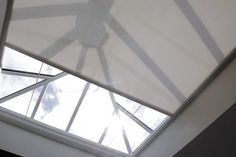 Roof Lantern Electric Blinds fitted in Hampshire, Surrey, West Sussex & London. Create shade with our custom made electric blinds for your roof lantern. Diy Skylight, Skylight Covering, Skylight Blinds, Skylight Shade, Roof Skylight, Roof Window, Blinds For Windows, Skylights, Window Blinds