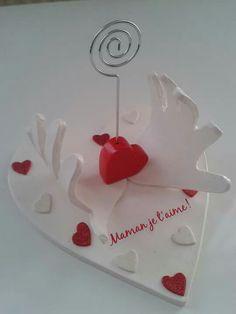 Fete des meres - Real Tutorial and Ideas Preschool Valentine Crafts, Kinder Valentines, Valentine Gifts For Kids, Valentines Gifts For Boyfriend, Mothers Day Crafts, Valentine Day Cards, Valentines Diy, Valentine's Cards For Kids, Diy For Kids